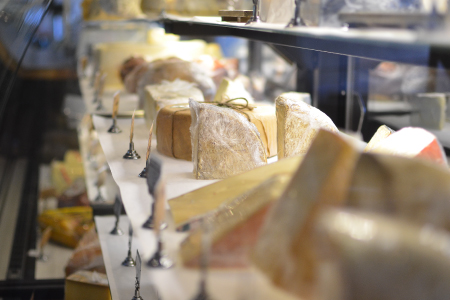 Bleu Handcrafted Foods has gourmet cheese and fresh deli items