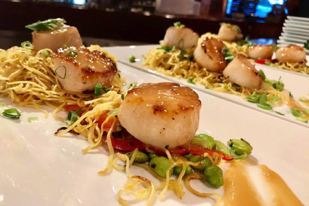 Fresh seafood, scallops and gourmet foods at Bleu in Mammoth